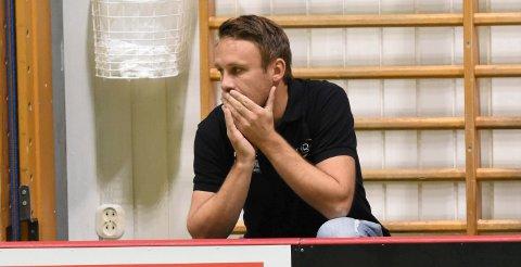 SKUFFET: En skuffet NOR 92-trener Manne Strandberg måtte konstatere at det ble tap etter et drama i sluttsekundene mot Akerselva. Her fra en kamp tidligere i år.