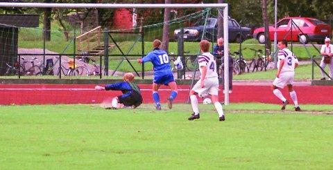 SKÅRA: Solskjær var ei målmaskin på Florø stadion.