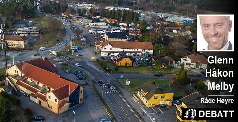 Plasseringen av ny togtrasé, og dermed ny stasjon, får store konsekvenser både for Karlshus sentrum og boligutbyggingen i Strømnesåsen, påpeker Glenn Håkon Melby. Han er opptatt av at det nå må bli en snarlig avklaring av hvor jernbanen skal gå.
