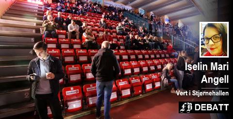 – Klubben prøver også alt de kan for å fylle hallen. Og takken de får, er hundrevis av tomme seter i hallen! skriver hallvert Iselin Mari Angell. Arkivfoto: Harry Johansson
