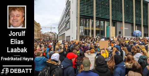 Jorulf Elias Laabak rosern barn og ungdom for gode kunnskaper og sterkt engasjement i klima- og miljøspørsmål. Bildet er fra fredagens skolestreik .