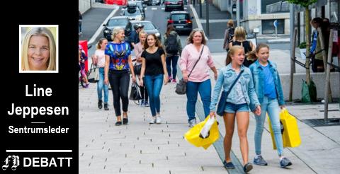 – Det er lys i tunnelen for varehandelen i Fredrikstad, beroliger Line Jeppesen.