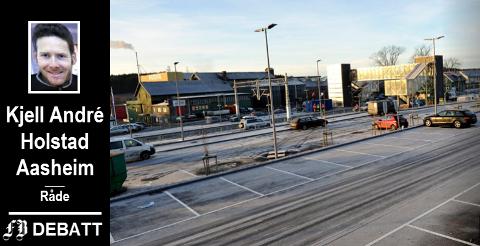– For å få full utnyttelse av dobbeltspor helt til Råde, må lokaltoget som tross alt går på eksisterende skinnegang mellom Råde – Fredrikstad – Sarpsborg samordnes med et godt tilpasset busstilbud, mener Holstad Aasheim.