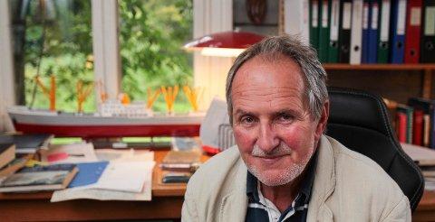 Forfatter Jon Michelet er tildelt Norsk Sjøoffisersforbunds Hederspris.