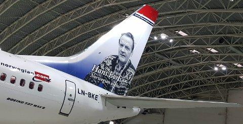 HALEHELT: Hans Børli er flyselskapet Norwegians nye halehelt. (Foto: Norwegian)