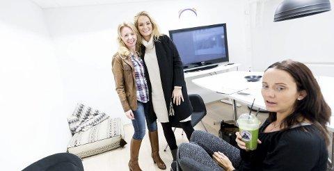 Anne Brith ble ansatt i United bloggers, som nå heter United Influencers i våres. Selskapet er agent for rundt 120 bloggere. Her er hun sammen med toppblogger Marna Haugen og agent Annette Aas.