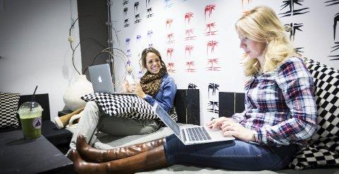 Treningsblogger Caroline Wergeland ser på Anne Brith som sin mentor og sier hun har økt lesertallene på egen blogg etter å ha lyttet til Anne Briths råd