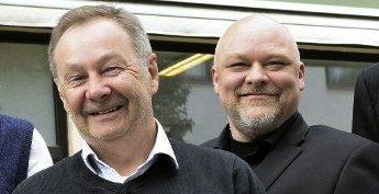 Per Martin Kjønnø (til venstre) tar over som styreleder for Nordmørslista etter Stig Anders Ohrvik.
