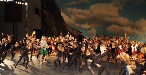 """FORRYKENDE: Alle innslagene var svært gode, så også """"I Dovregubbens hall"""", hvor vi ser Peer - danset av Ole Johannes Slåttebrekk - i grønn bukse."""