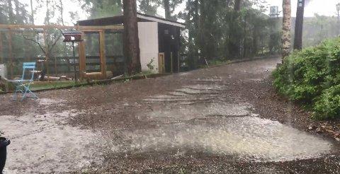 STYRTREGN: Slik så det ut sist gang Romerike ble rammet av styrtregn. Her fra Nittedal tidligere i juni.