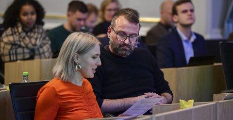 Nei til terapi: Sofie Marhaug (R) og Mikkel Grüner (SV) er i likhet med et flertall av sine politiker-kolleger sterke motstandere av terapi som tar sikte på å omvende homofile. Foto: RUNE JOHANSEN