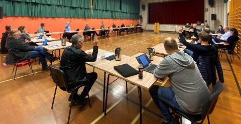 JA-SIDA I MINDRETAL: Seks stemmer i kommunestyret var ikkje nok til å gi grønt lys for vindmøller på Faurefjell. Nå gjer Norsk Vind eit nytt forsøk på å gå vegen om statleg arealplan.
