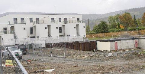 NYE PLANER: Bygg A av Veia Hageby-planene er realisert. Men liten interesse for flere slike boliger, gjør at det legges nye planer for resten av tomta.