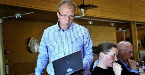 Gruppeleder i Sarpsborg Krf, Ståle Solberg, sier han aldri har tenkt tanken at han kan være inhabil i jernbanestriden.