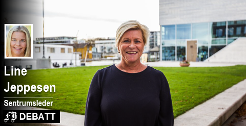 Finansminister Siv Jensen på besøk i Fredrikstad forrige mandag.  Fredrikstads sentrumsleder er ikke fornøyd med at hun vil videreføre momsfritaket for utenlandsk netthandel.