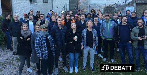 Studenter fra HiØ på HUB42 i et bærekraftprosjekt med Kystlotteriet.