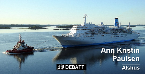 Cruiseskipet Thomson Celebration var det eneste cruiseskipet som besøkte Fredrikstad i fjor. Ann Kristin Paulsen vil ha stans i kommunens cruisesatsing. Foto: Tor Gravnås
