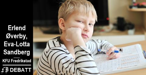 –  Vi bør også forvente at leksene gir læringsglede og ikke tårer, skriver Øverby og Sandberg når de oppfordrer til debatt om hvilken plass lekser bør ha i hverdagen for barn og foreldre.