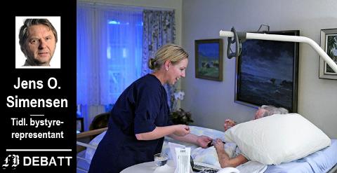 Simensens helse og velferd-alarm: – Jeg kjenner folk i hjemmesykepleien som ikke holder ut fordi det stramme tidsskjemaet gjør at de må forlate gråtende pasienter.  Arkivbildet viser Kathrine Vanberg i hjemmesykepleien gi medisiner under ett av sine besøk.