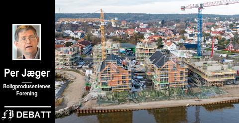 Per Jæger gjentar sin kritikk, og mener Fredrikstad satser altfor ensidig på leiligheter, her eksemplifisert ved boligene som nå tar for ved Bruket brygge på Gressvik.