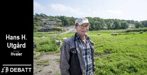 Bonde og dyreelsker Hans H. Utgård i sitt rette element. Her følger han med på et yrende  liv blant fugler, fisk og orm i tillegg til husdyrene.