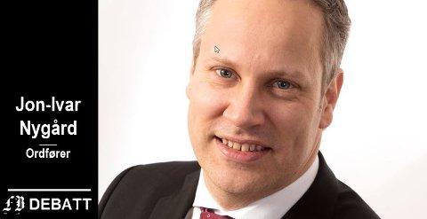 Ordfører Jon-Ivar Nygård mener informasjonen til de politiske partiene er riktig i varetatt, og viser blant annet til et notat bystyrepolitikerne fikk tilsendt fra i innehaveren av Fredrikstad Marineservice.