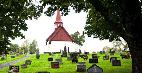 KONFIRMASJON: Kommende helg er det konfirmasjon i blant annet Hedenstad kirke.