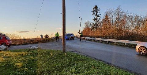 Politiet vinker bort bilister.