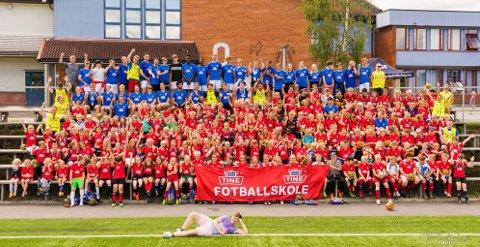 FARGERIKT: Svarstad IL Fotball hadde 17 deltakere på fotballskolen i helgen.