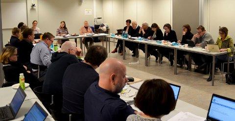 KJAPP BEHANDLING: Styret for Høgskolen i Innlandet brukte ikke lang tid på å vedta 2018-budsjettet med 70 millioner kroner i overforbruk. (Foto: Bjørn-Frode Løvlund)