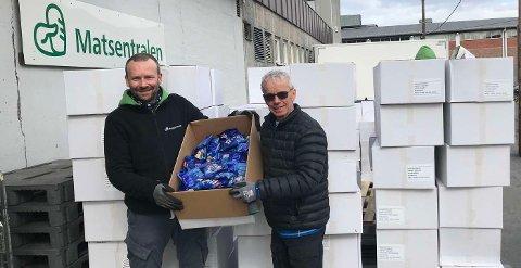 Christiano Aubert fra Matsentralen og Tor Skraastad, logistikkansvarlig i Birken.