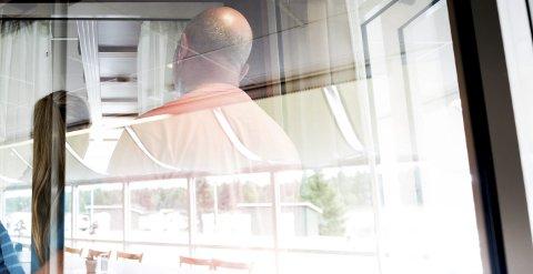 Tungt: Foreldrene til den nå 16 år gamle jenta forteller at livet har vært tøft etter at en voksen mann hadde seksuell omgang med datteren deres.Foto: Tom Gustavsen
