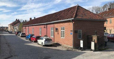 Galleri 1845 i Gamlebyen inviterer barn og unge til å være med i deres tegne- og malekonkurranse.