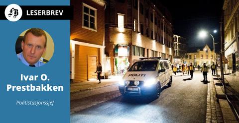 Fredrikstad-politiet har fokus på ungdomskriminalitet, og ønsker at flere engasjerer seg. – Det er trist at natteravnene sliter med å få foreldre til å delta.