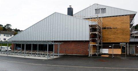 FUKTSKADER OG ASBEST: Hallen skal renoveres. (Arkivfoto)