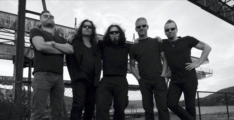 KOMMER: Bandet Spider holder konsert i Christians kjeller 16. november.