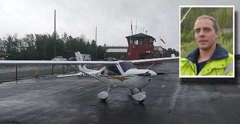 Flyet til Ole Rennehvammen (innfelt) på Dagali lufthavn. I fjor ble en helt ny flyradio til nærmere 15.000 kroner ble ødelagt, mens det i tillegg ble gjort skader på noen tusen. I tillegg til mye annet hærverk på området.