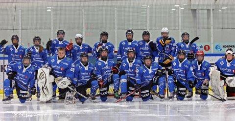 NORDNORSK SAMARBEID: Tromsø Hockey og Narvik Ishockeyklubb samarbeider om et felles U15-lag, som spiller i nasjonal serie. I helgen spiller laget for første gang hjemmekamper i Tromsø.