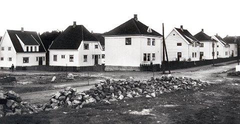 BYLØKKA. Fra Byløkka da bebyggelsen var nyetablert i 1920-åra. Her kvartalet mellom Håkons gate og Sverres gate.
