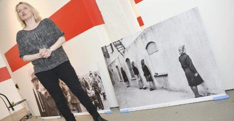 FORSKJELLSBEHANDLINGEN: Gunhild Lurås sin utstilling «I seng med fienden?» viser at forskjellsbehandlingen var stor rett etter krigen.FOTO: JARLE PEDERSEN