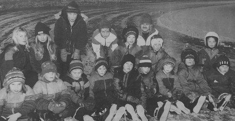 20 år:  - Førstkommende tirsdag starter Snøgg Skøyter opp skøyteskole, og allerede før skolen har kommet i gang er det mange unger som benytter banen.