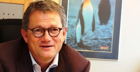 TIL STEDE: – Jeg har ikke noe spesielt nyttårsforsett, men det er viktig for meg å være tilstede for all våre ansatte, de fantastiske pingvinene, sier konsernsjef i Jotun, Morten Fon.