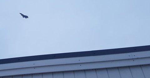 F-35 over Bodø tirsdag. I dag så skal flyet lande.