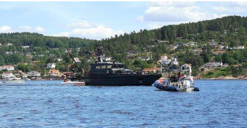 Nødetatene rykket ut etter melding om seks personer i vannet ved Saltskjær i Svelvik.