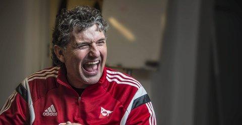 Lattermild: Jan Halvor Halvorsen skrev denne uken under på en treårskontrakt med FFK. 52-åringen har blitt utpekt til mannen som skal ta FFK tilbake til toppen i norsk fotball.