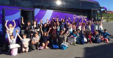 Heiagjeng. Alle elevene ved 5. klassetrinn på Torp skole ble med til finalen i Skoglekene på Elverum.