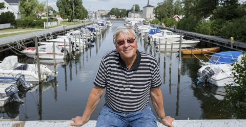 Advarer: Den erfarne båtmannen og båtjournalisten Gunnar Steen Iversen mener han ser en negativ utvikling på sjøen.