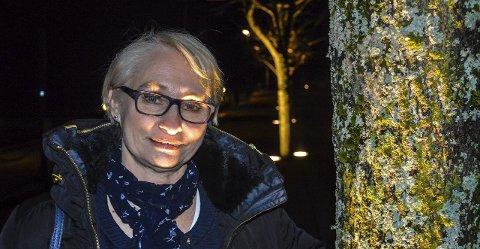 MEGET OVERRASKET: Elin Lexander, leder i Halden Høyre, er meget overrasket over at Elisabeth Giske ikke meldte seg ut av Arbeiderpartiet da hun meldte seg inn i Høyre. – Det er et brudd på våre vedtekter, sier hun.