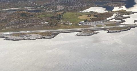 Svært nært: Dronen var bare 100 meter unna Widerøe-flyet som var under landing 7. mai på Svolvær lufthavn