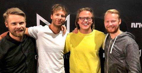 Vidar Villa i Melodi Grand Prix. Fra venstre: Henrik S. Olstad, Jonas Thomassen, Vidar André Mohaugen og Martin Thomassen.